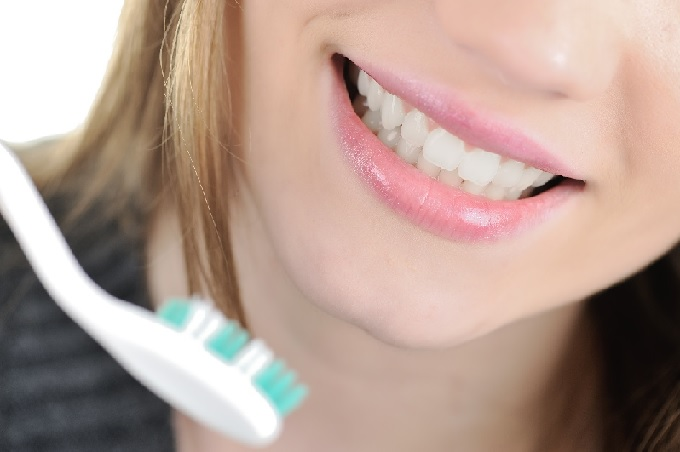 Your dentist in Holly Springs offers dental veneers to help you achieve a beautiful smile
